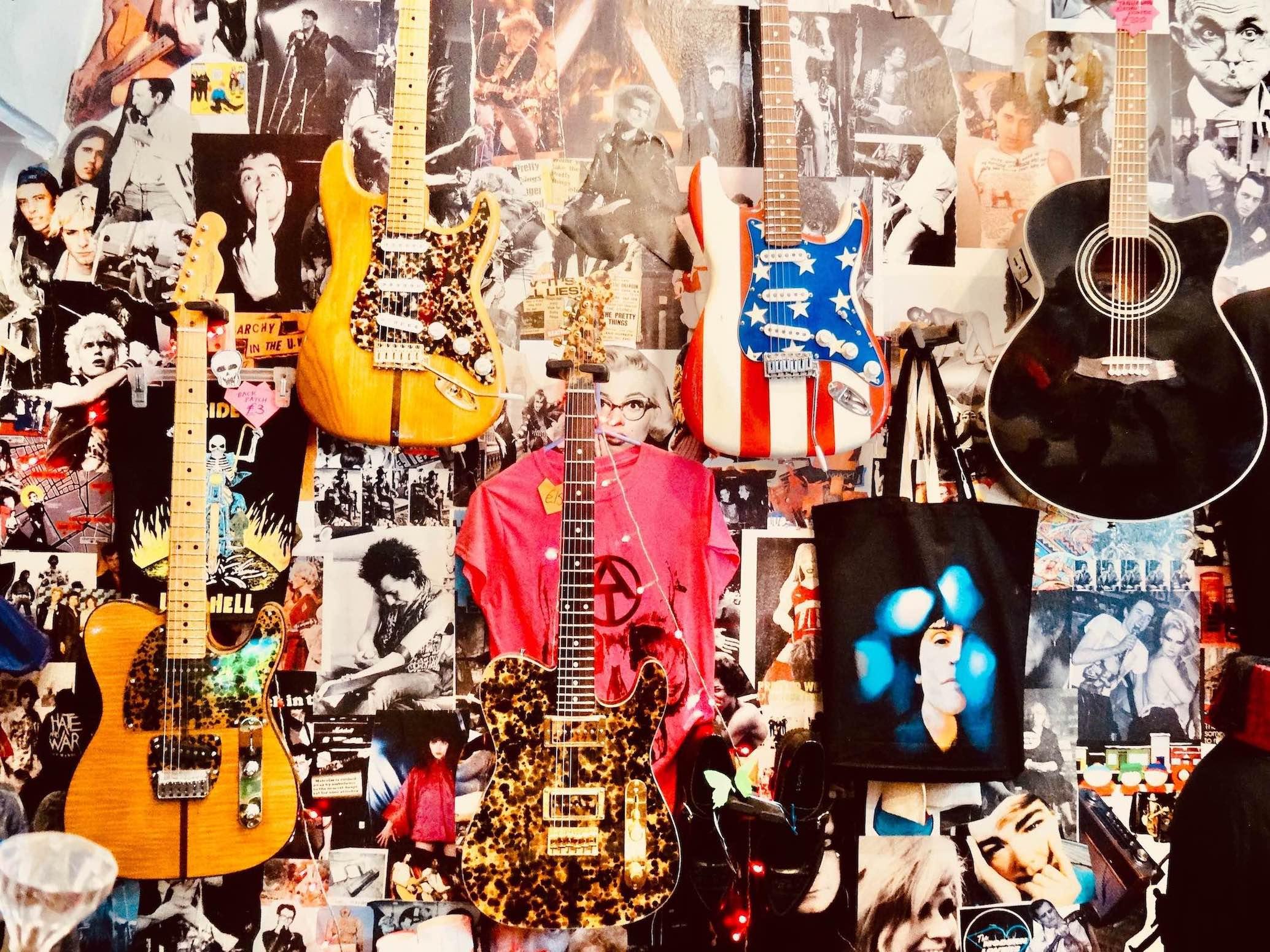 Wall art Rock 'n' Roll Rescue London.