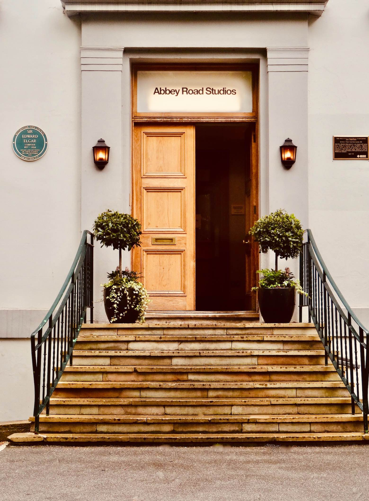 Entrance steps Abbey Road Studios.