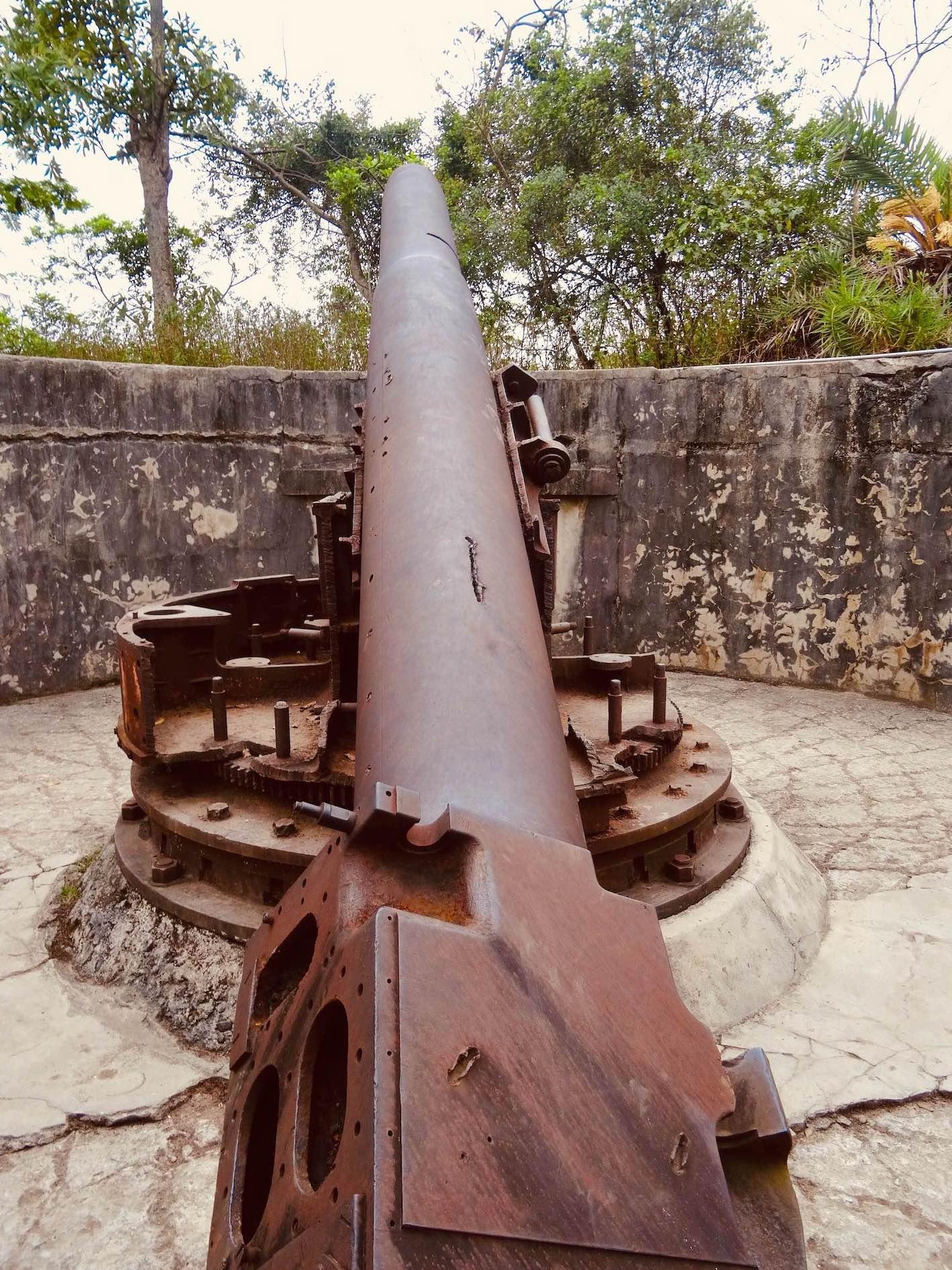 French Anti warship cannon Vietnam