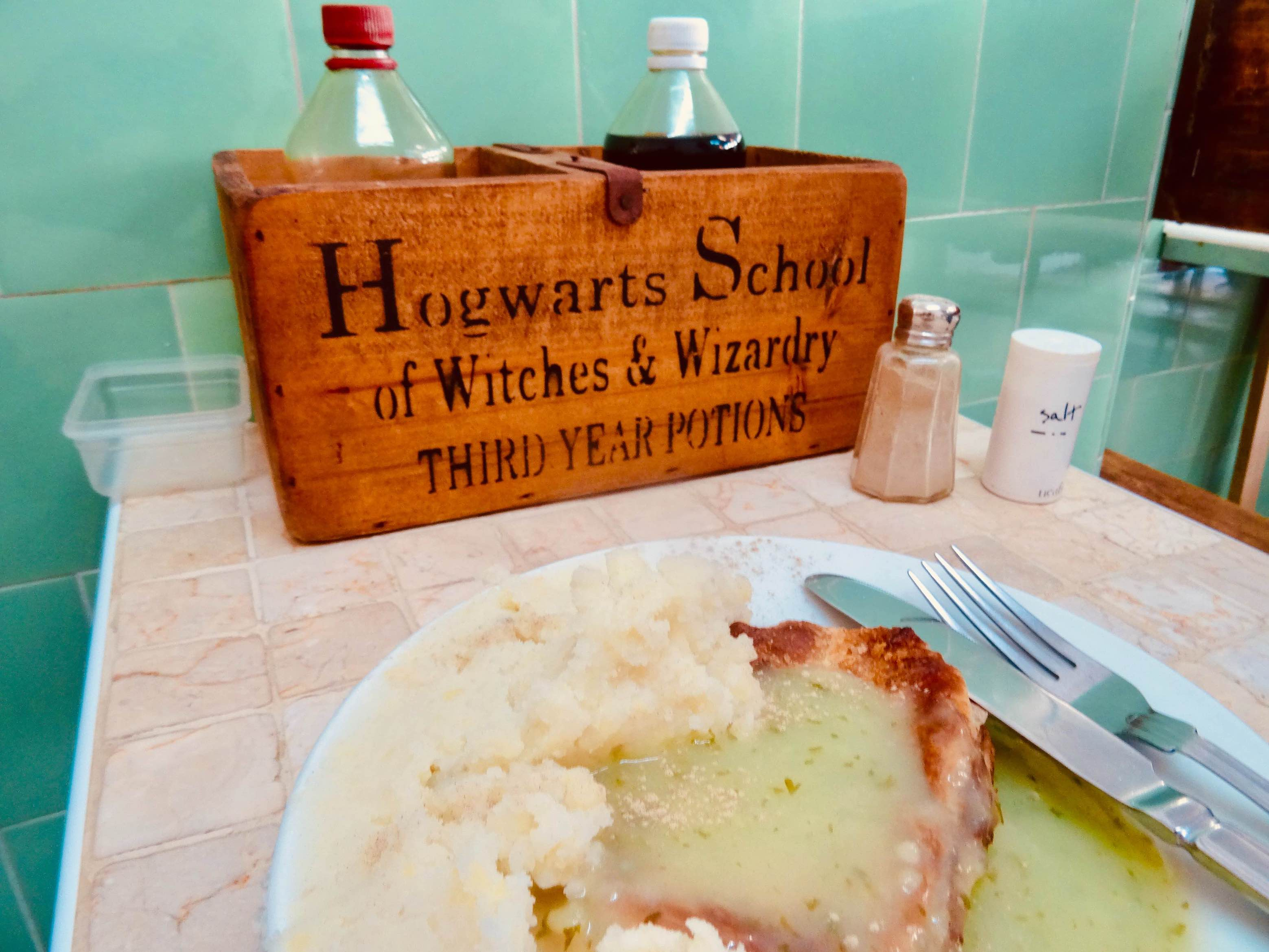 Pie and Mash Tooting Bec.